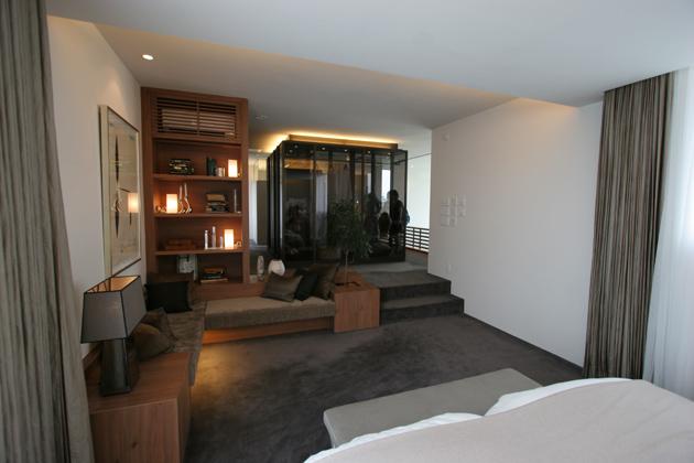 3階主寝室から見たクローゼットの写真